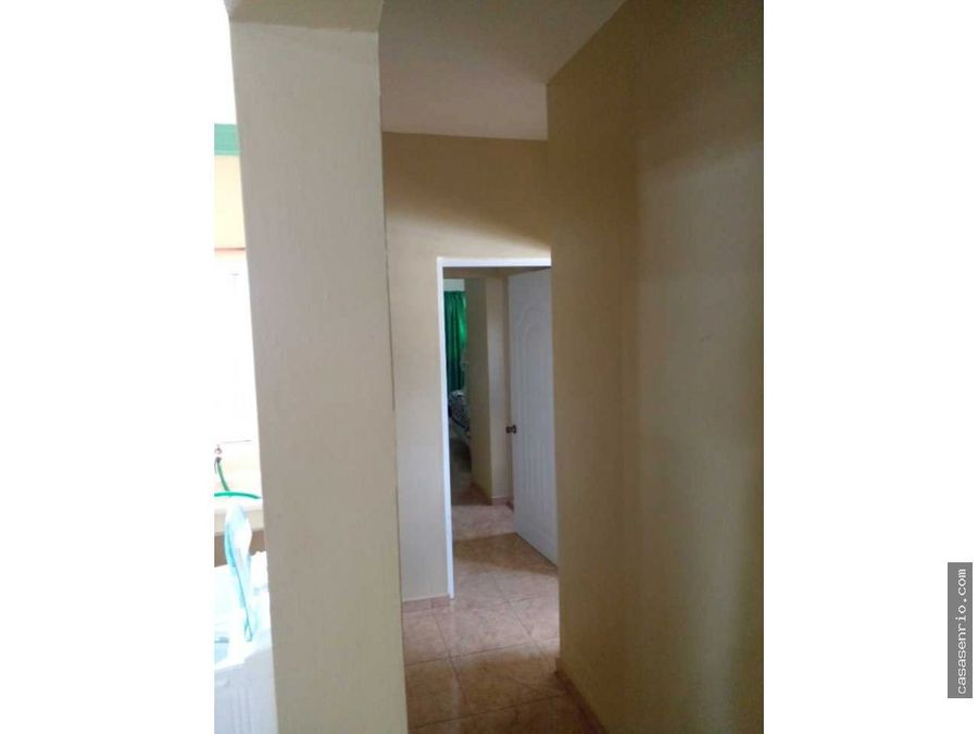 en venta localcolmado con dos apartamentos en segundo nivel