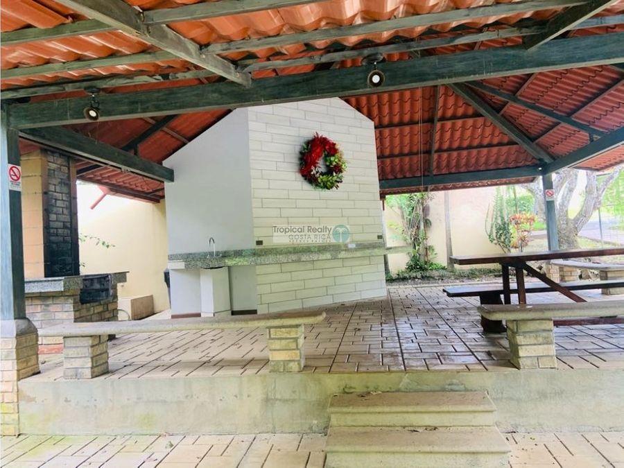 casa de una planta en condominio para venta en piedades de santa ana
