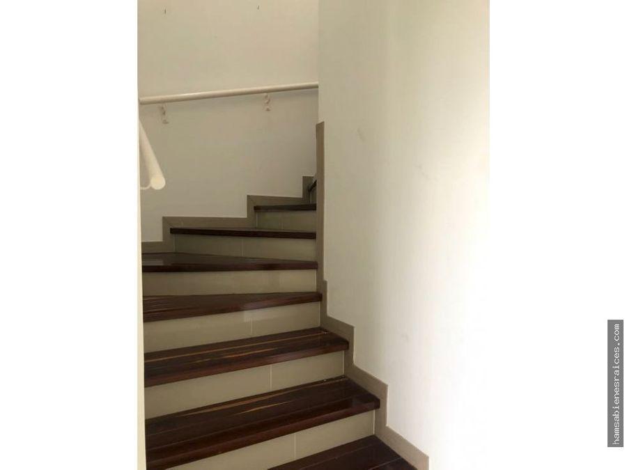 castillo dos pisos