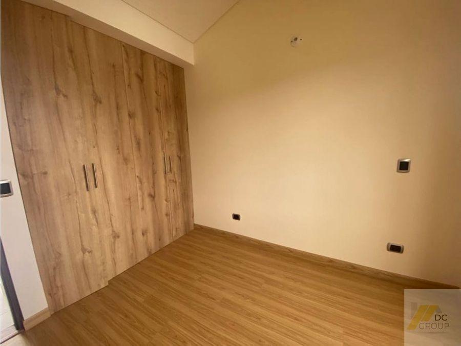 excelente casa esquinera con apartaestudio para estrenar