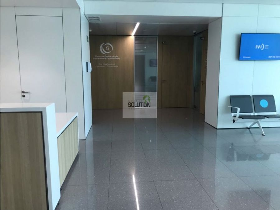 excelente consultorio en the panama clinic