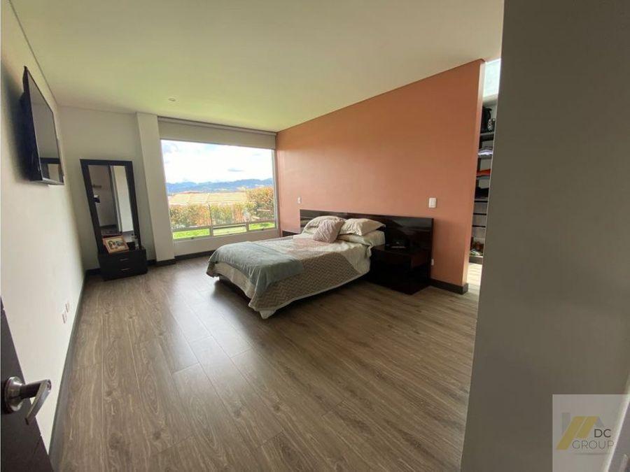 exclusiva casa de un piso linda vista