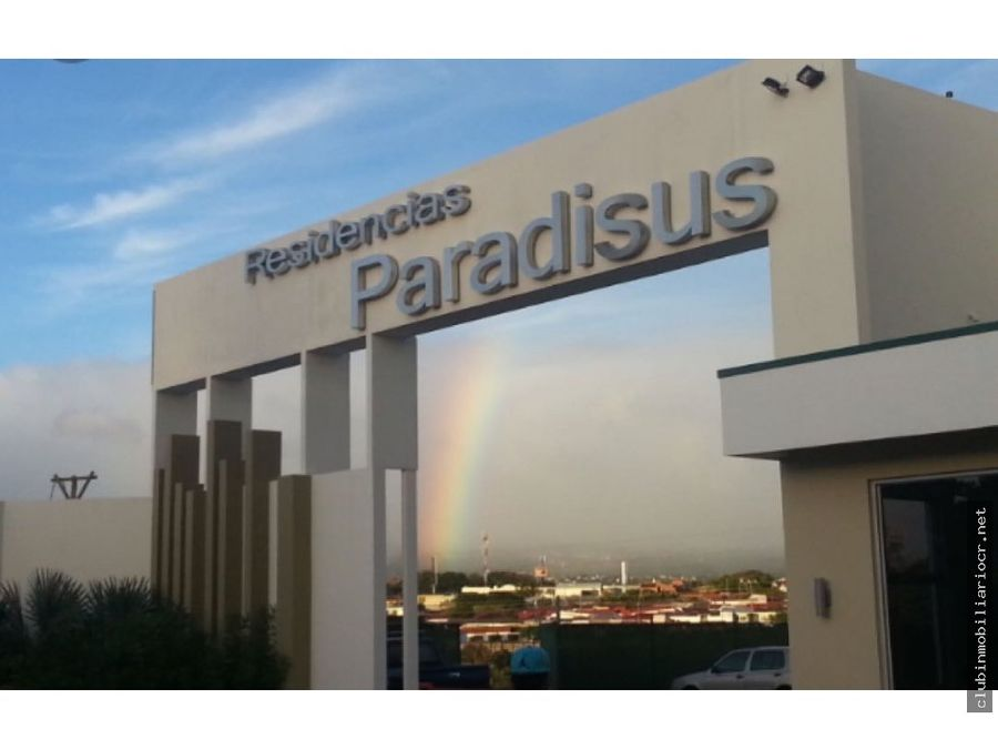 torres paradisus rohrmoser planta baja apartamento de lujo