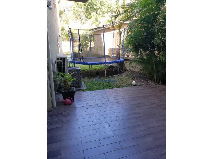 embassy garden casa con atico