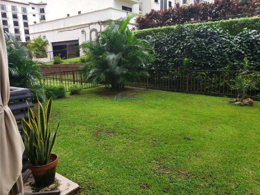 embassy village hermoso apartamento con jardin