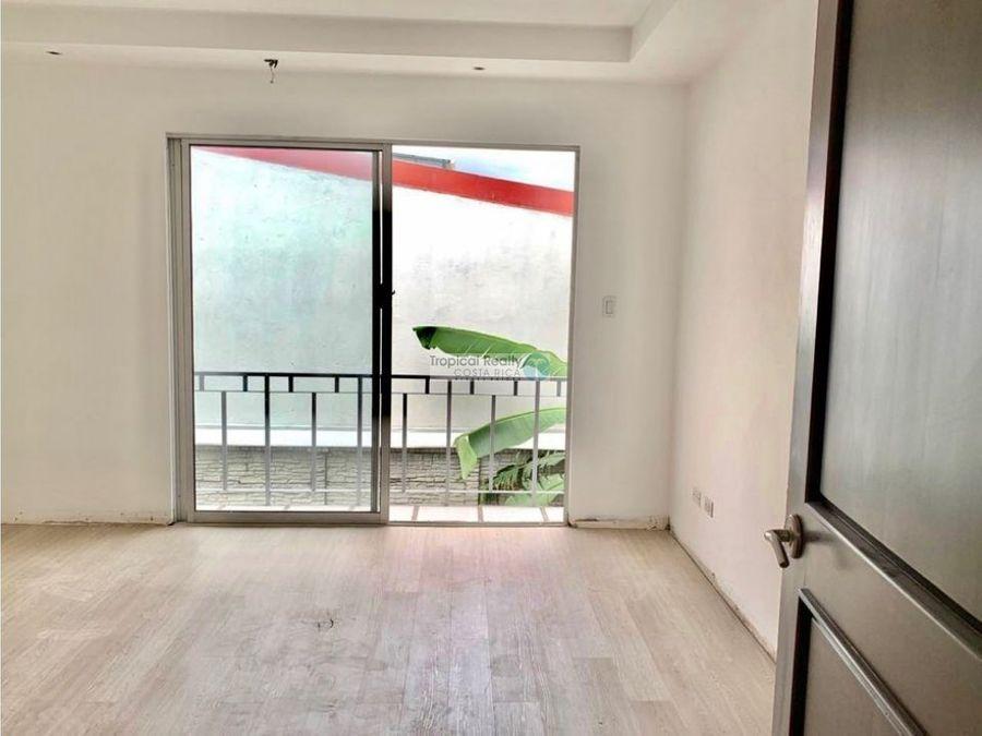 en residencial casa para alquiler ubicado en bello horizonte escazu