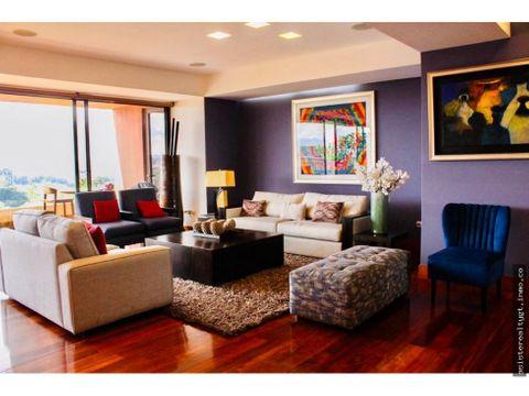 en venta amplio apartamento zona 10
