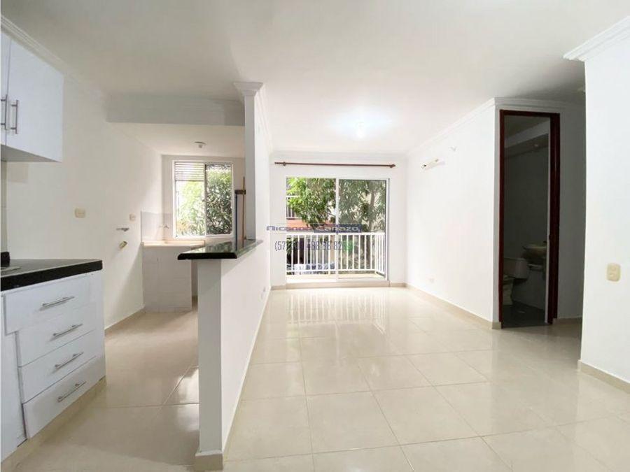 en venta apartamento de 3 habitaciones portales de san fernando iii
