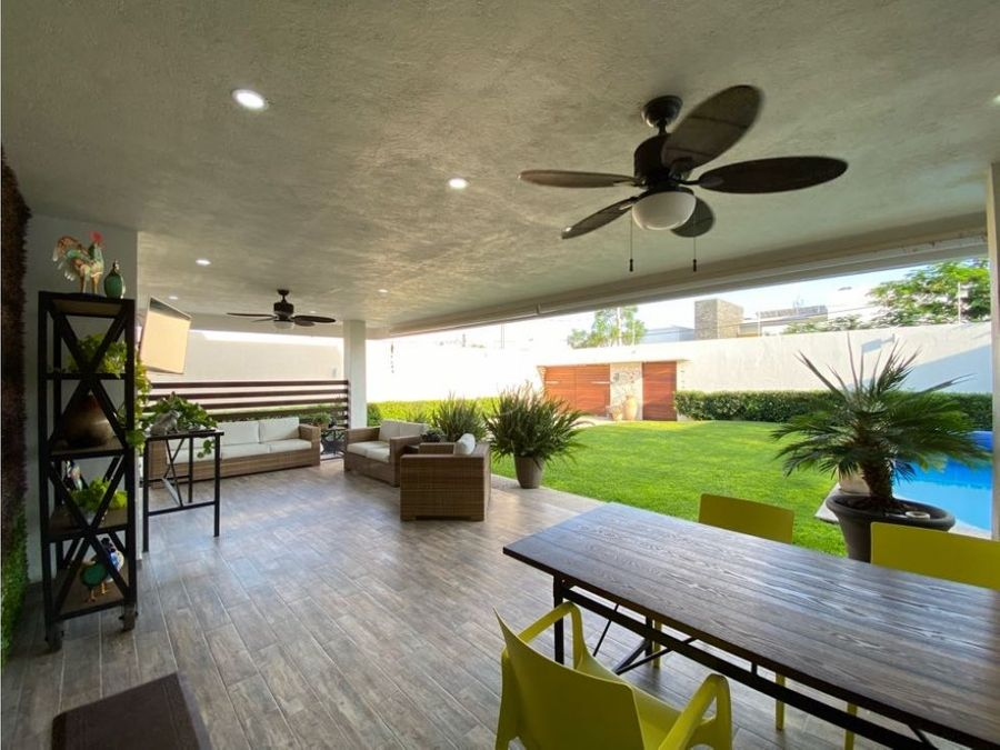 en venta casa de 4 recamaras alberca y terraza en juriquilla queretaro