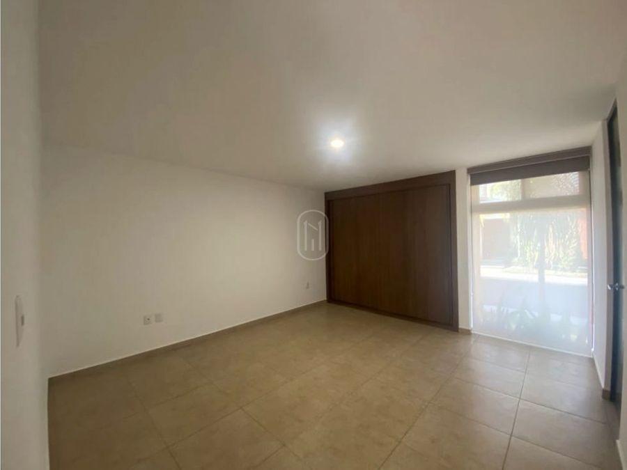 en venta casa 4 recamaras galicia puerta real corregidora queretaro