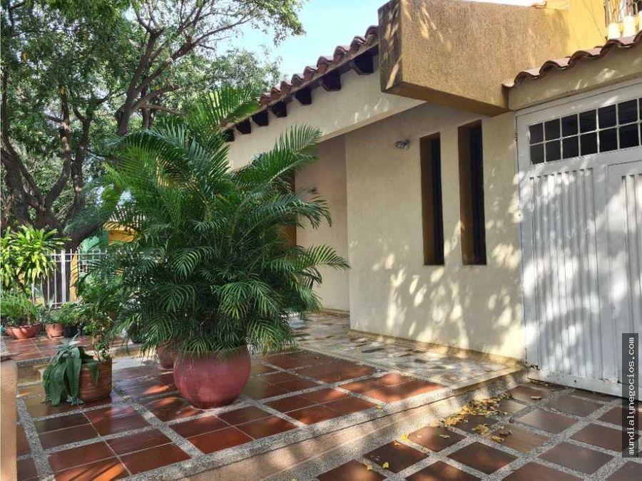 en venta casa de esquina barrio jardin santa marta 015