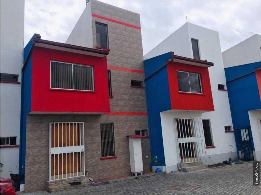 en venta casa sector puente 2 autopista ruminahui