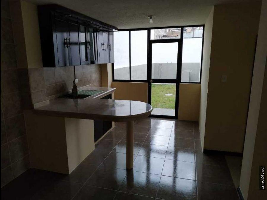 en venta casa sector parque de la armenia valle de los chillos