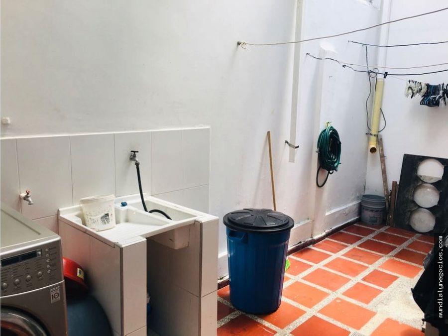venta fabuloso edificio ideal para negocio alameda la victoria ay