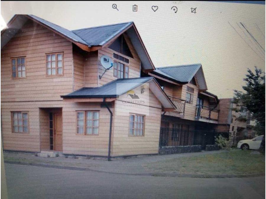 en venta terreno con tres casas excelente ubicacion y entorno pucon