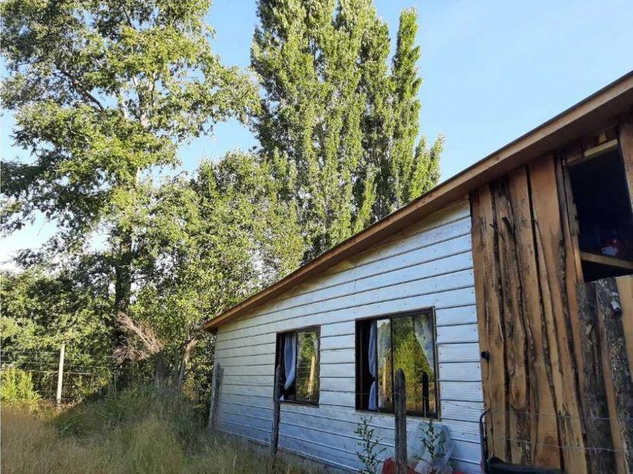 en venta terreno de 1350 con dos casas independientes quetroleufu