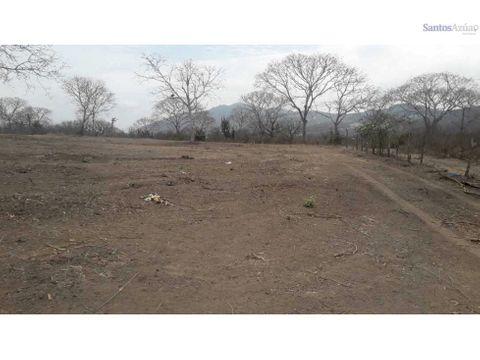 en venta 3 hectareas de terreno via la refineria