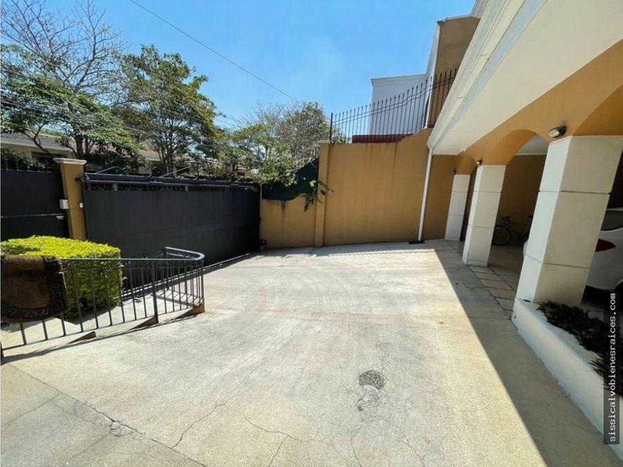 espaciosa casa en pinares para venta alquiler