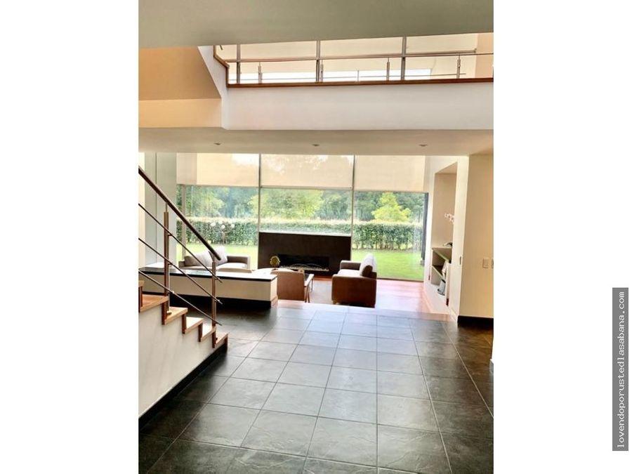 espectacular casa campestre con acabados modernos