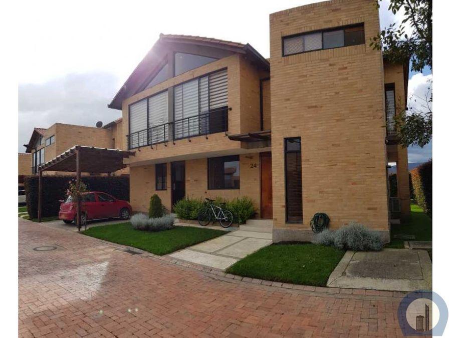 espectacular casa en cajica cajica club house