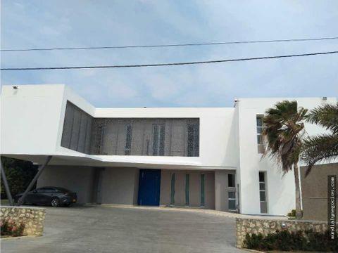 espectacular casa ubicado en un sector exclusivo de barranquilla