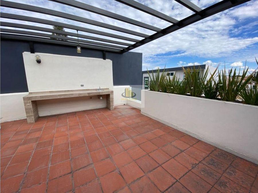 estrena casa en nobel enfrente de la udlap 3 recs con bano y roof