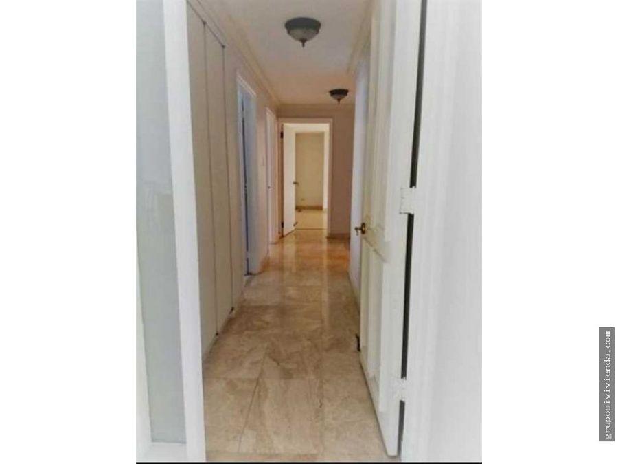 ganga comodo y amplio apartamento en punta paitilla