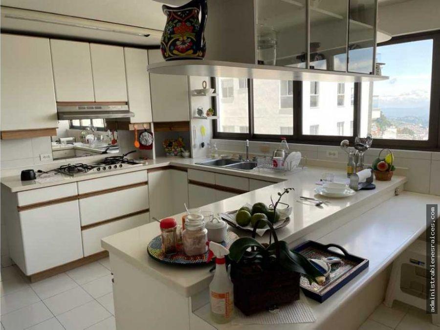 gran apartamento avenida santander manizales