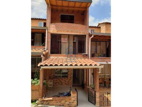 gran oportunidad casa de tres niveles en niquia bello antioquia