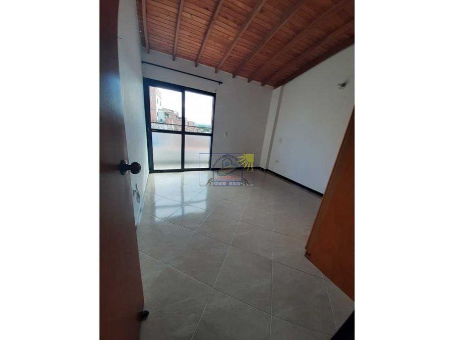 hermoso apartamento 4to piso mas terraza y cuarto util en marinilla