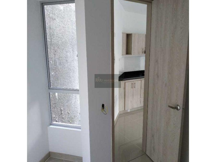 hermoso apartamento de 4 habitaciones av centenario
