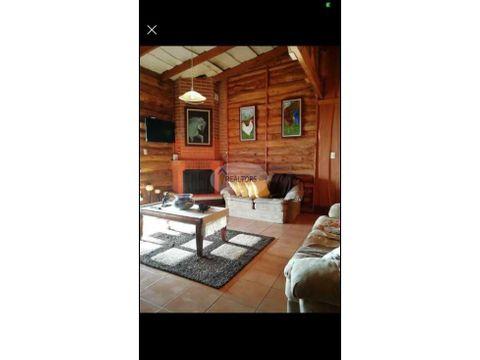 hermosa cabana de montana