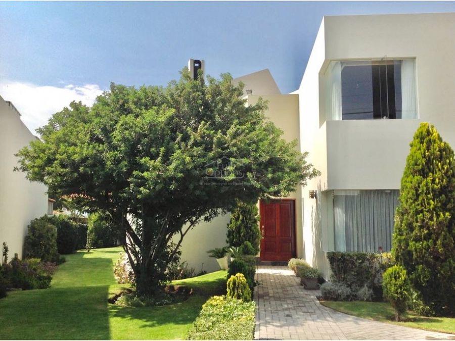 hermosa casa 870m2 zona exclusiva arequipa