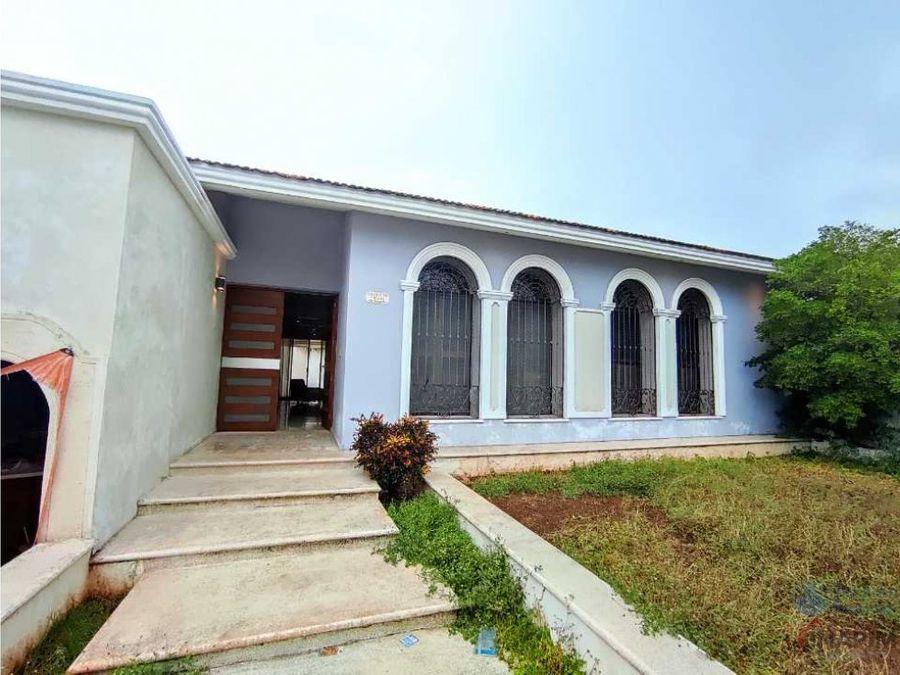 hermosa casa al norte de merida acabados de lujo excelente ubicacion