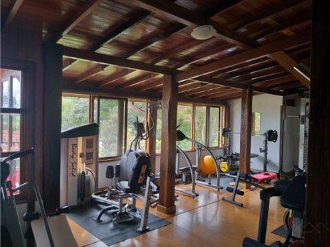 hermosa casa campestre en circasia para la venta