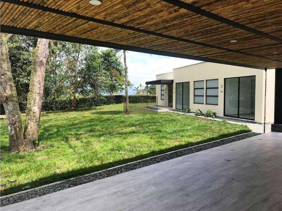hermosa casa campestre 4 habitaciones y servicio piscina via circasia