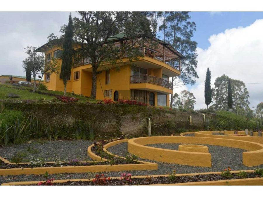 hermosa casa campestre el manzano risaralda