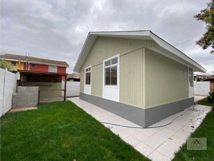 hermosa casa de un piso con amplio patio