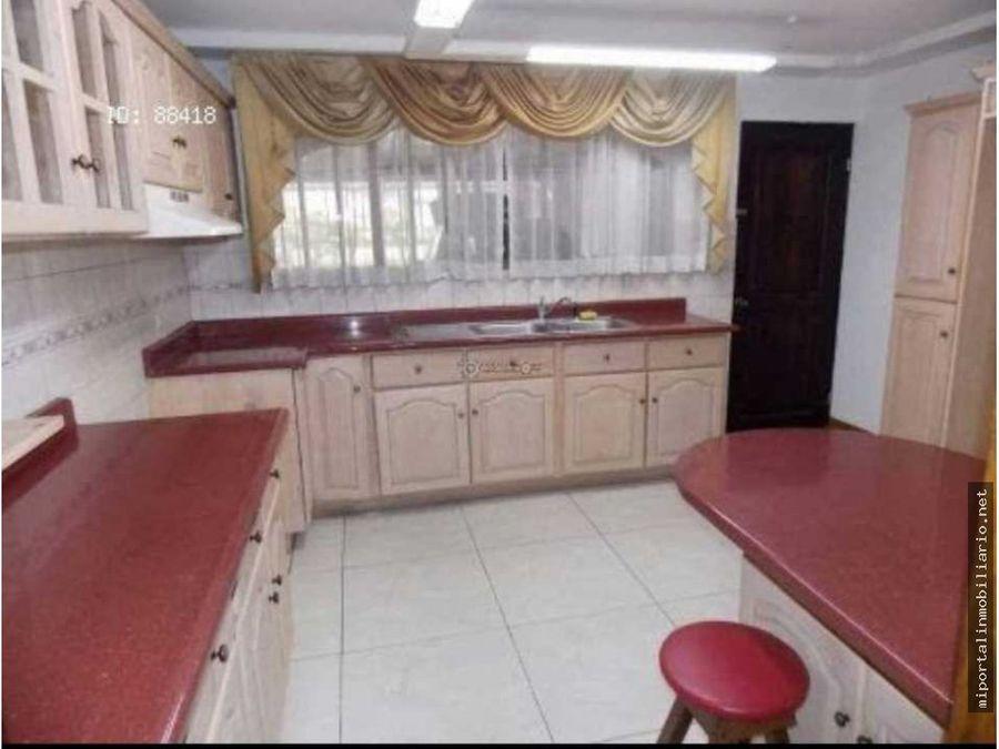 hermosa casa en venta en los colegios moravia