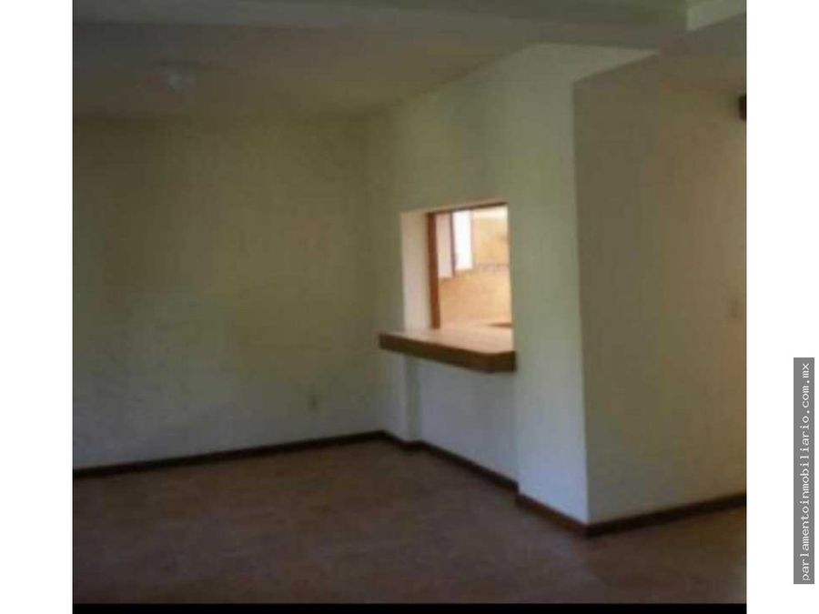 hermosa casa en pequeno condominio