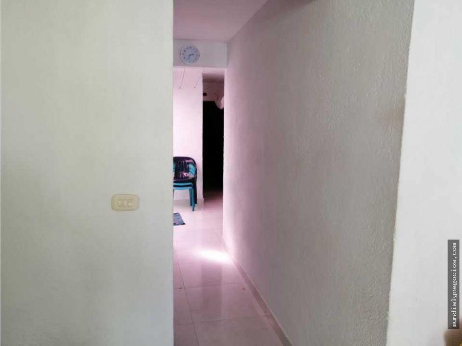 hermosa casa enrejada ubicada en el sector cancha de curinca 010