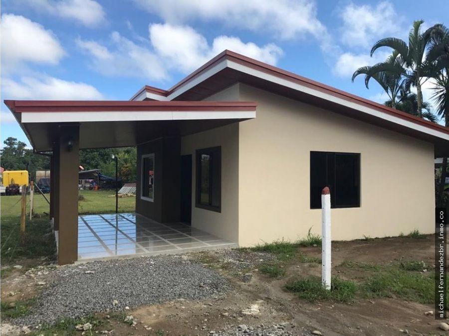 hermosa casa nueva a 7 minutos del centro de guapiles
