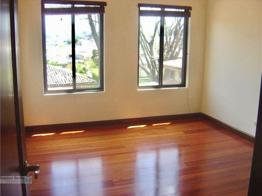 hermosa casa para venta y alquiler exclusivo condominio cerro alto