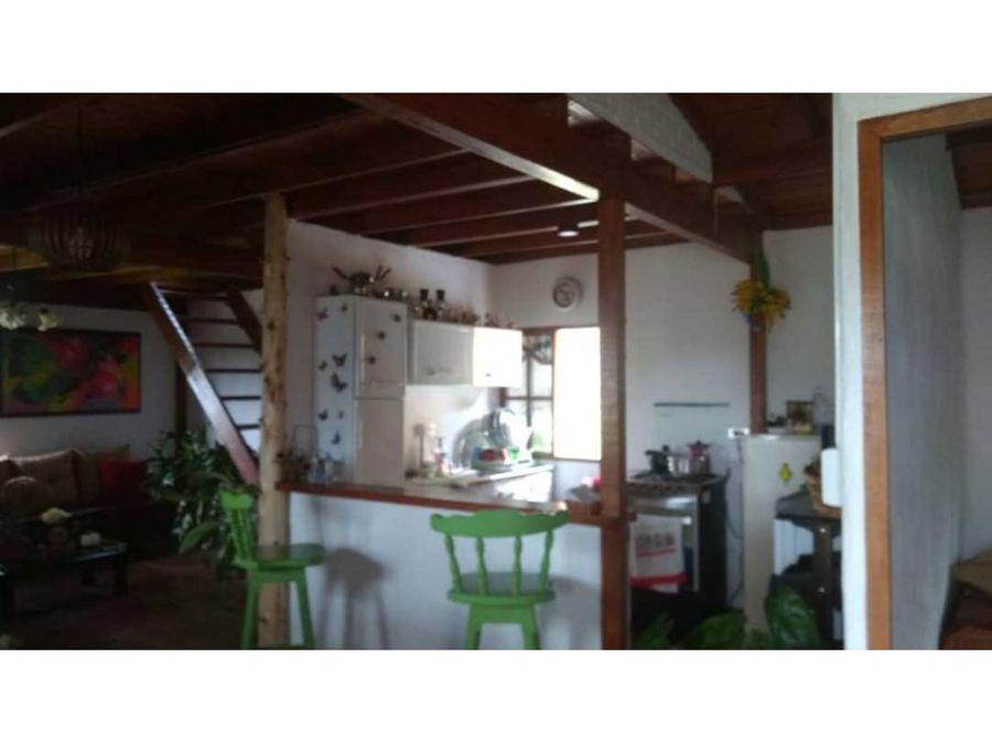 hermosa finca con casa prefabricada en chaparral san vicente ferrer