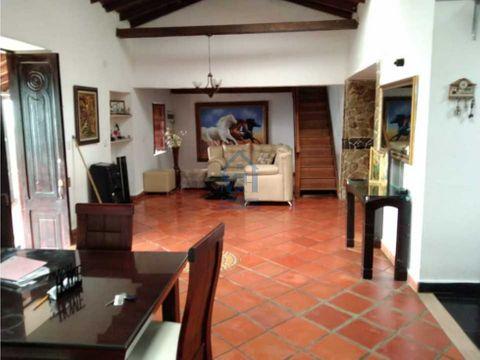 hermosa finca de 3400 m2 con casa campestre en copacabana antioquia