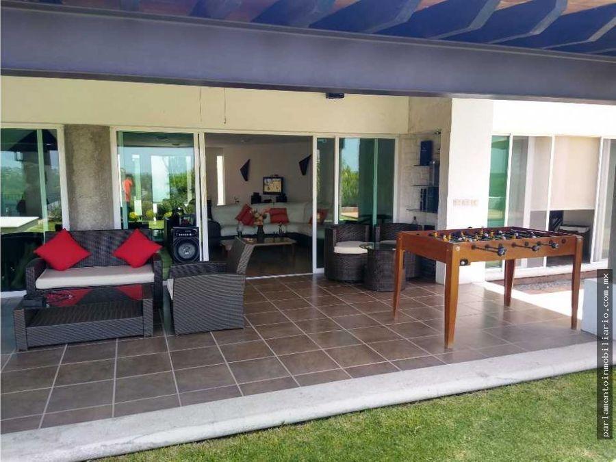 hermosa residencia en club de golf santa fe