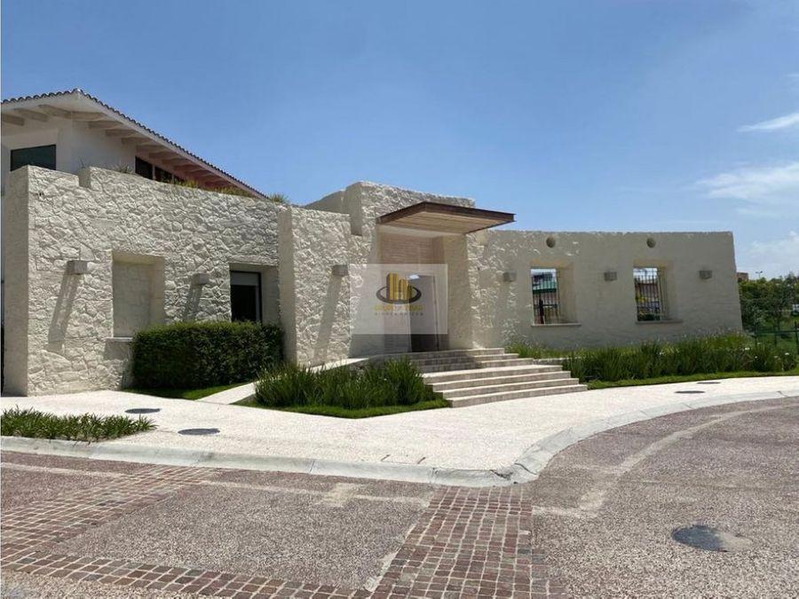 hermosa residencia en parque toscana frente al centro comercial sonata