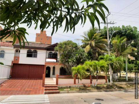 hermosa y amplia casa en venta sector villa santos barranquilla