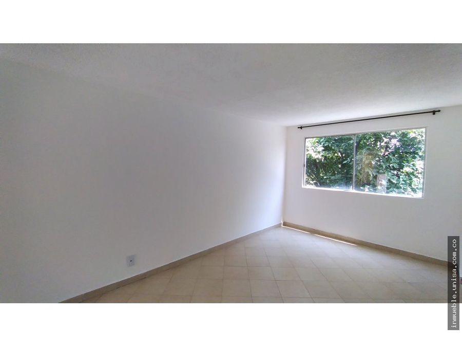 alquiler apartamento 5to piso conjunto canaverales iii