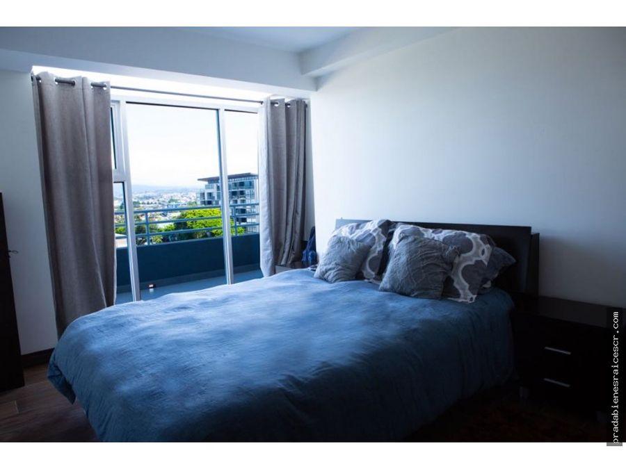 lujoso apartamento en condominio vertical